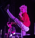 636669509532199689-768393002-Paramore-an-People-25.jpg