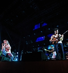 636669509751415633-768393002-Paramore-an-People-36.jpg