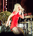 Paramore-RiotFest2017-0526.jpg