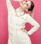 beautycon-festival-portrait-studio-day-2-los-angeles-usa-shutterstock-editorial-10360805n.jpg